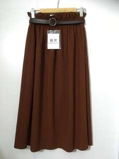 Brand NEW pleated brown long skirt