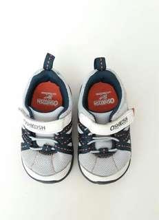 Sepatu bayi merk Oshkosh