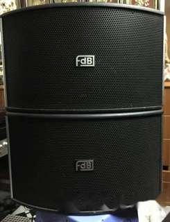 卡啦OK音箱,十吋低音大喇叭,4x3吋高中音喇叭,150W,Karaoke loudspeaker, 10 inches woofer and two 3 inches tweeters
