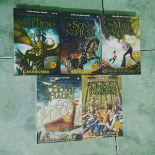 Novel Set Heroes of Olympus by Rick Riordan