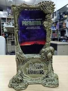 Predator 2 Movie Maniacs Frame.