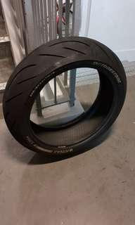 🚚 Bridgestone Battlax S21