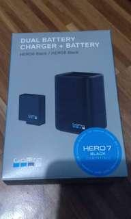 Dual Battery Charger + Charger (Hero 5/6/7black)