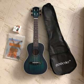 Premium ukulele, concert size, mystic blue