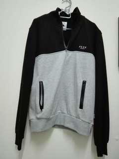 Romp sweater
