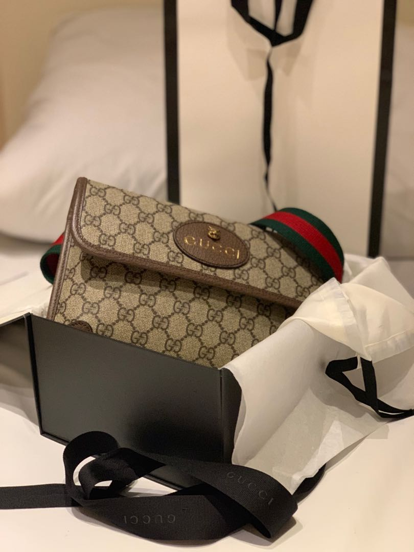 9a681ed8e 💯 authentic and brand new Gucci Supreme Belt Bag, Luxury, Bags ...