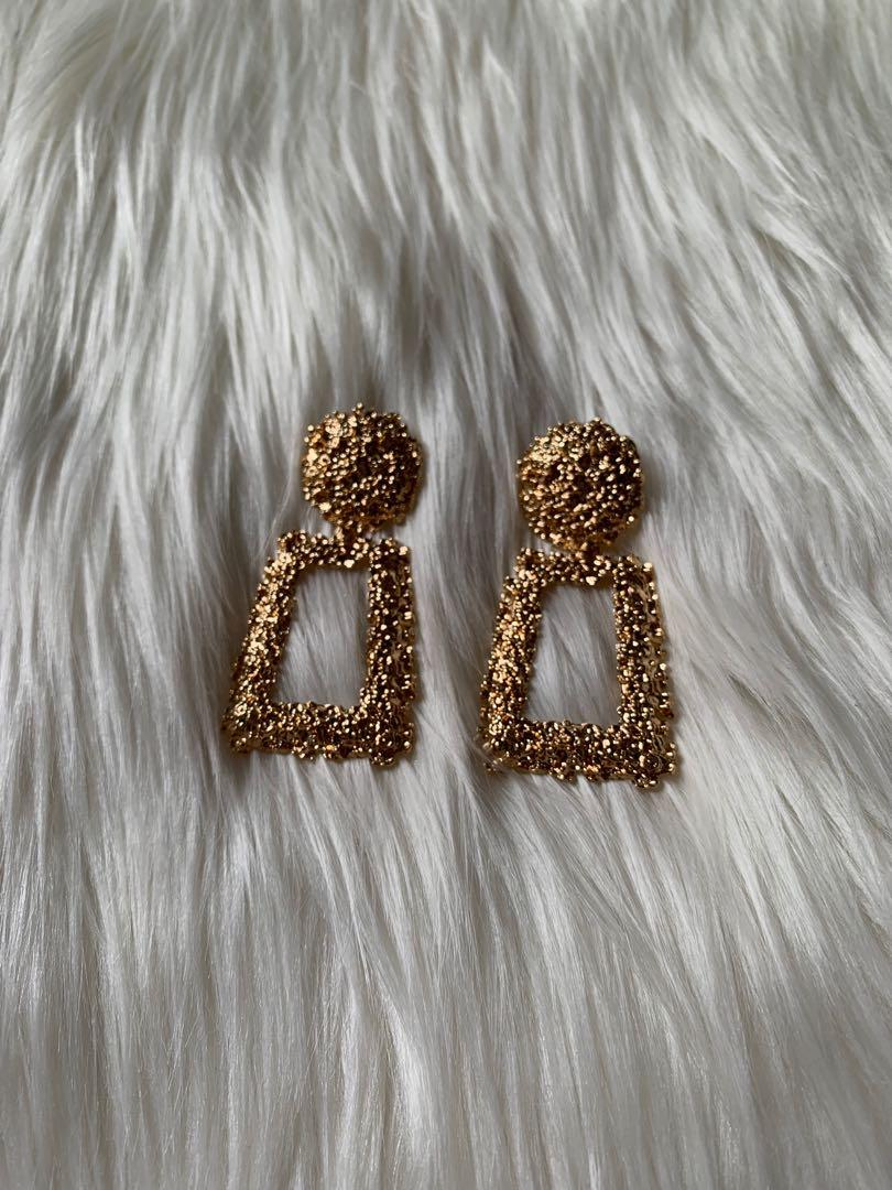 Anting tusuk gold fashion pesta hnm branded