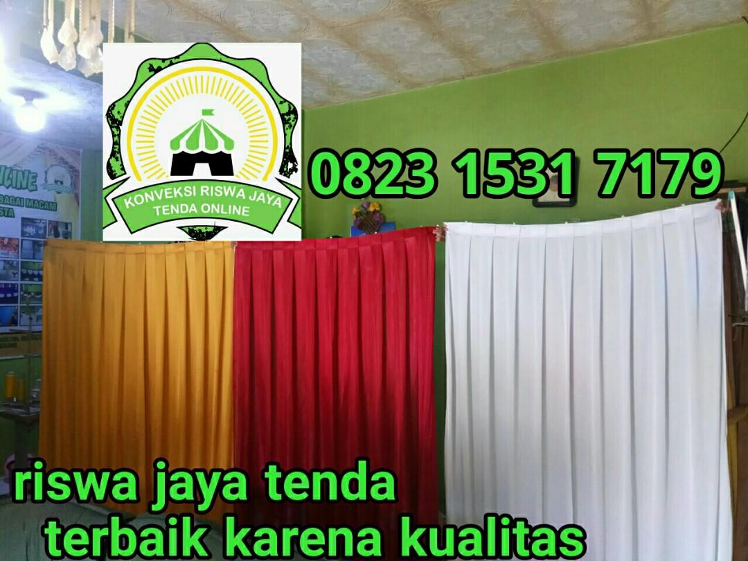 Background dinding 1x3