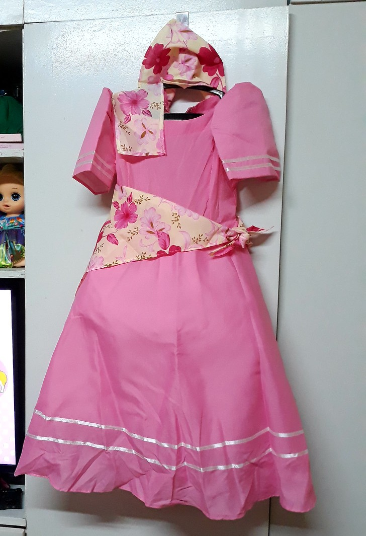Filipiniana Costume Used Once For An Hour Babies Kids Girls Apparel 4 To 7 Years On Carousell