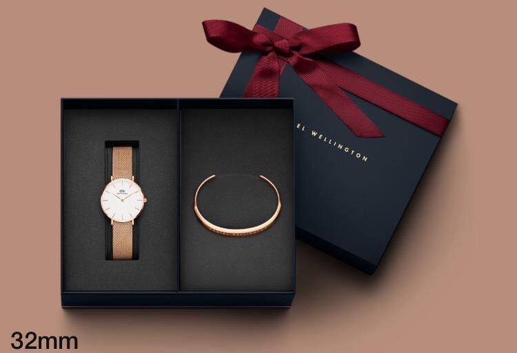 Jam Tangan Wanita DW Classic Petite Cuff Bracelet Gift Boxset Original 100%