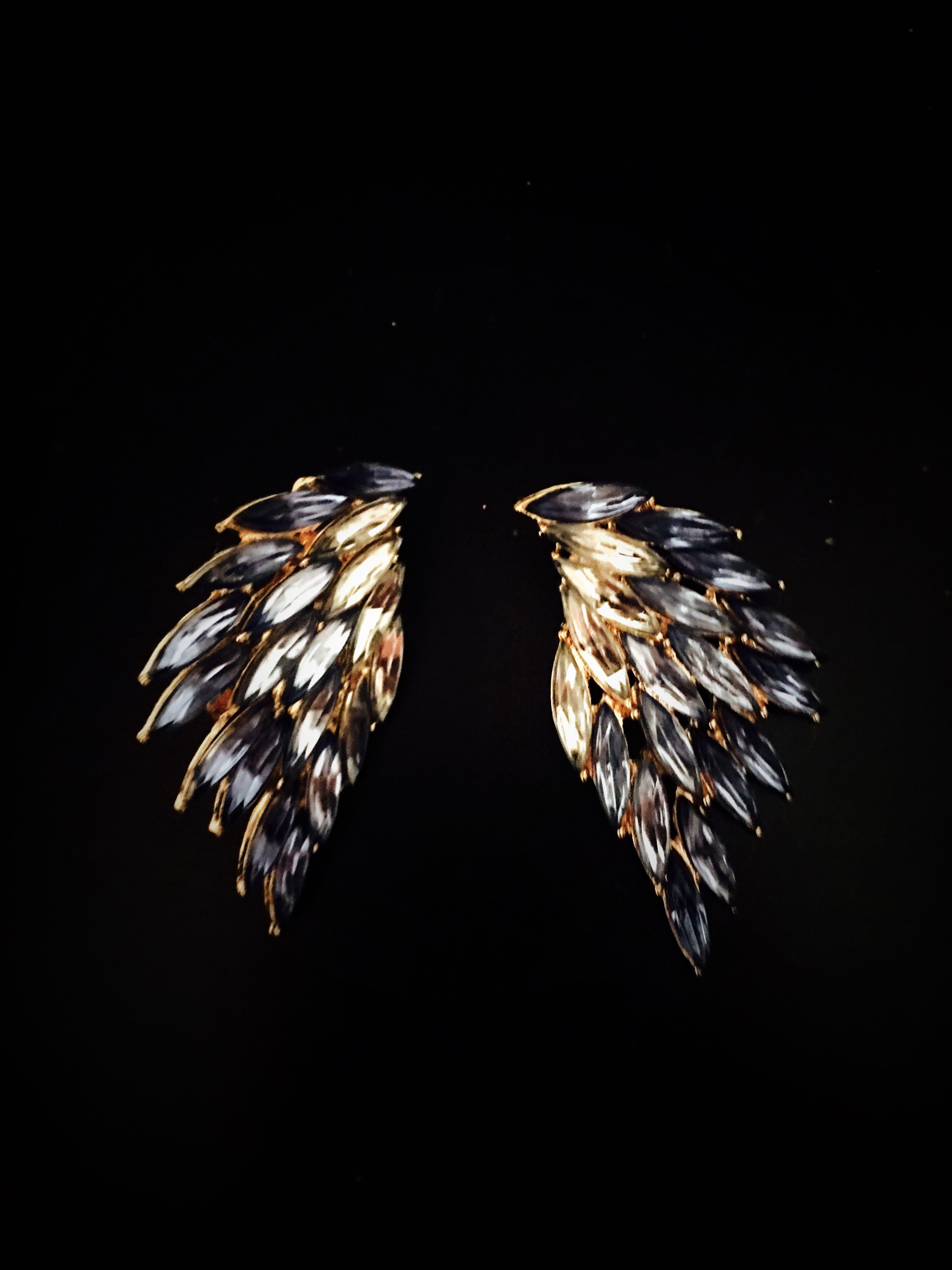 Lovisa blue angel wings earrings