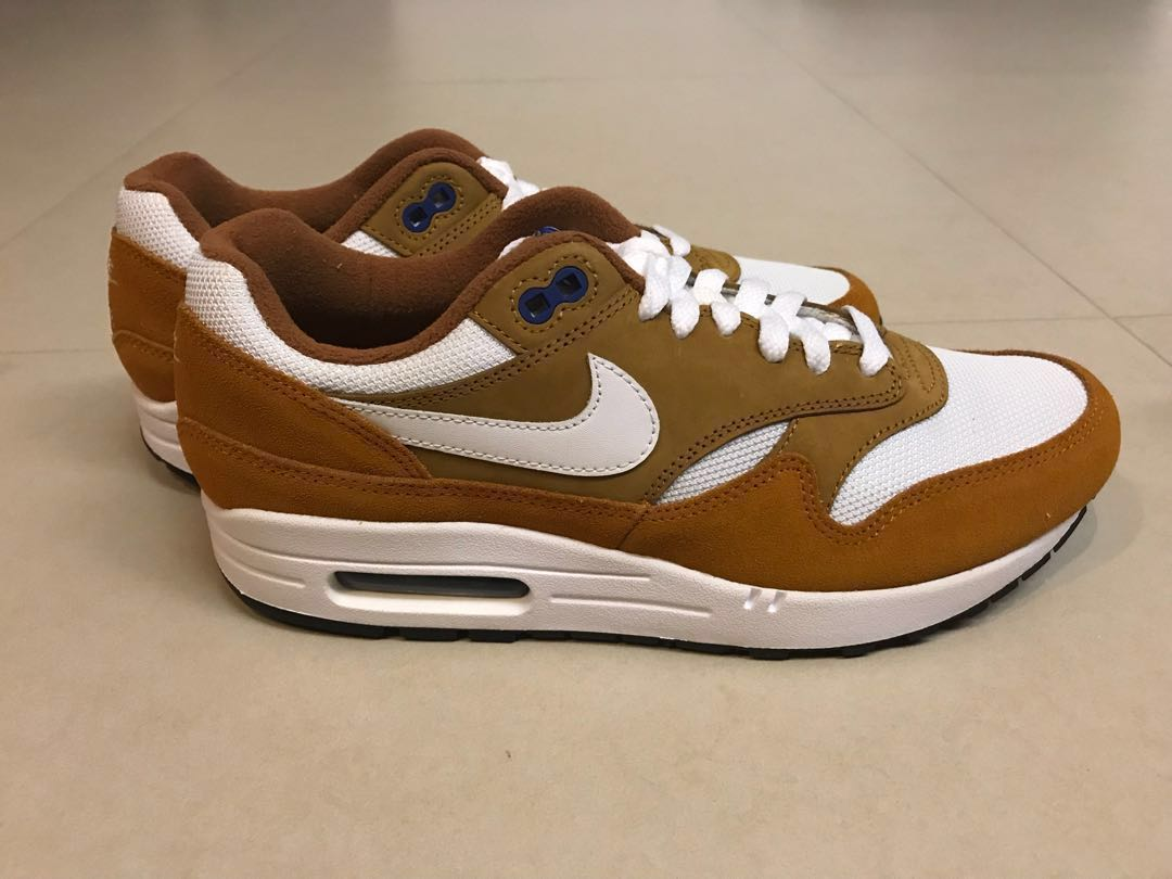 online store a08ce 466f2 Nike Air Max 1 Premium Retro, Men s Fashion, Footwear, Sneakers on ...