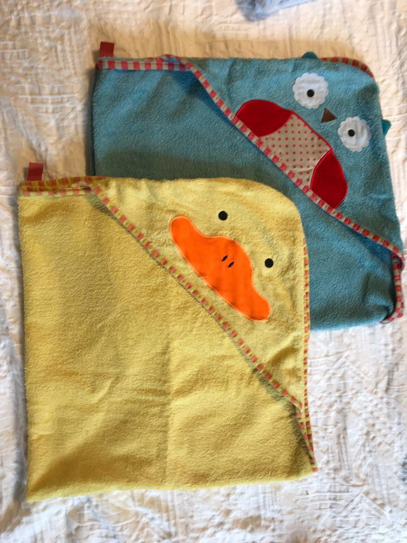 Set of 7 hooded towels for babies