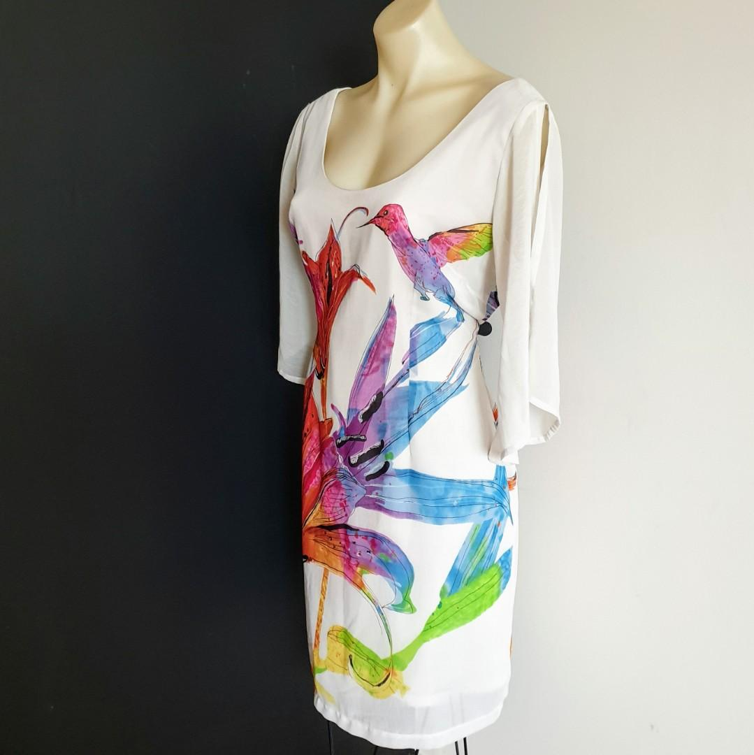 Women's Size 12 Stunning hummingbird multicolored dress with slit sleeves-AS NEW