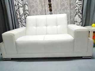 Cavenci 2 Seater Leather Sofa with Diamond like Stone