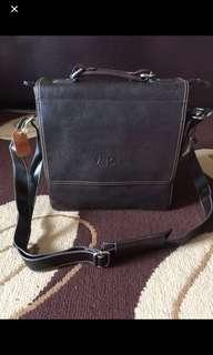 Valentino sling bag 100% original