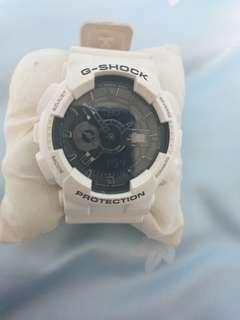 AUTHENTIC FULL SET White G Shock Watch wif original Box