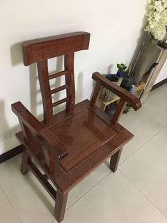 🚚 紅木實木椅數張