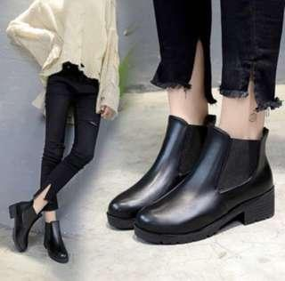 BN Black Boots (exact to pic!)