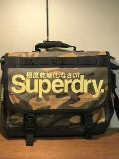 🚚 Superdry Messenger Bag