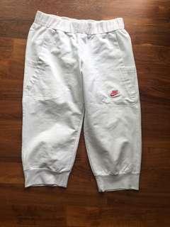 🚚 Nike white sports pants