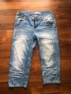 🚚 Boyfriend jeans