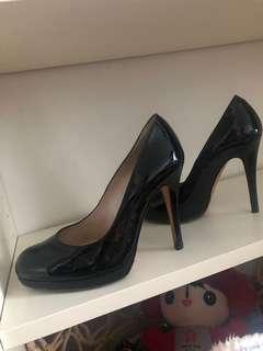 Browns High heels