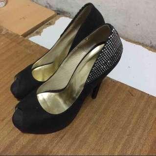🚚 黑色魚口高跟鞋23.5