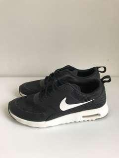 Nike Air Max Thea Sneakers - Sz 6