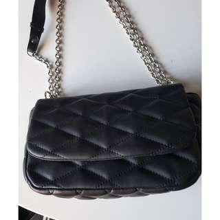 Bardot Black Quilted Crossbody Chain Bag.