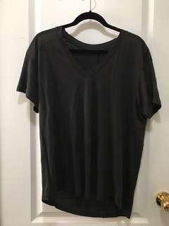 Zara oversized v-neck (M)