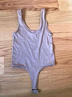 M boutique nude bodysuit (S)