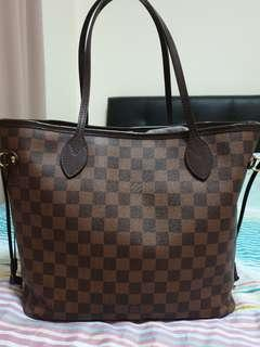 Louis Vuitton neverfull in very good condition