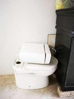 BTO Toilet Bowl