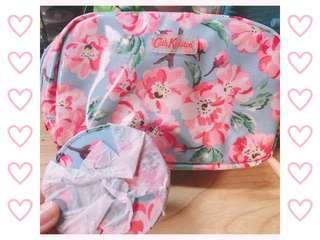 Cath Kidston🌸經典花卉化妝包+隨身鏡