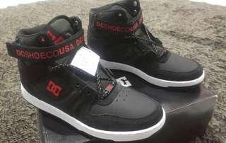 Sepatu DC Shoes Pensford se high 100% original not vans adidas nike