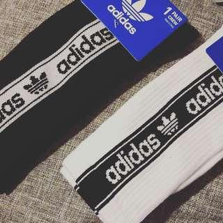 Adidas originals 襪 (黑/白)