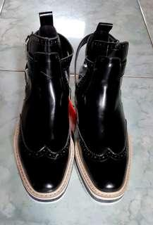NEW!! Zara Flat Cut Out Ankle Boots
