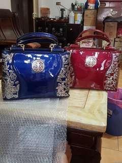 🚚 Casual bags pvc material