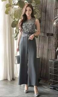 🚚 Grey jumpsuit