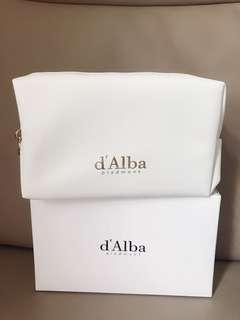 d'Alba 全新化妝袋