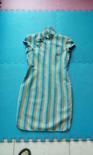 🚚 改良式旗袍
