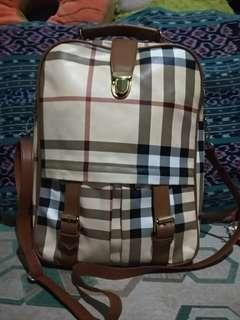 Burberrys Ransel and sling bag