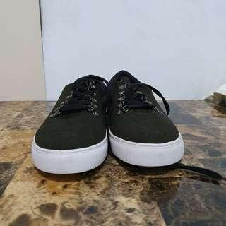 Zalora Black Sneakers