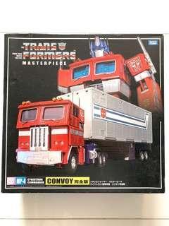 開封美品TAKARA TOMY  Mp-4 Mp-04 Transformer Optimus Prime Convoy 變形金剛柯柏文連貨櫃