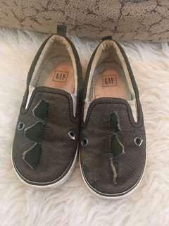 Sepatu anak GAP original