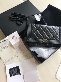 Chanel so black 超好顧油蠟皮牛皮 boy woc