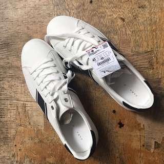Zara White Sneakers