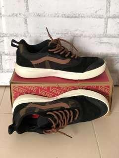 Vans camo men's shoes