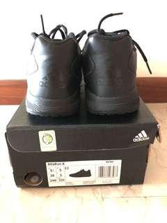 🚚 Adidas Black Shoes